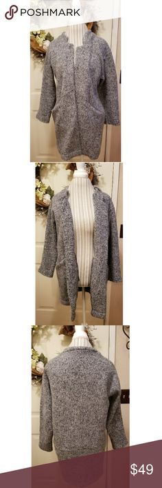 🎉Zara Collection Gray Cardigan Sweater Jacket🎉 Zara collection Beautiful Gray long cardigan jacket No buttons or clasps  Cardigan style Two front pockets Size M Perfect for any season So soft Piling but it's the style No tears or stains Smoke free home Zara Jackets & Coats