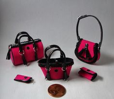 Miniaturas bolsos: Bolsos al estilo goyescas