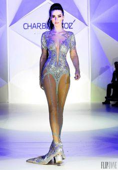 Charbel Zoe - Alta-Costura - Primavera-Verão 2014 - http://pt.flip-zone.com/fashion/couture-1/independant-designers/charbel-zoe-4261