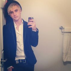 Dalton Rapattoni / Got a thing tonight. (Me: what a cutie) American Idol 2016, Dalton Rappatoni, Band Pictures, New Bands, Laugh At Yourself, Perfect Boy, Celebs, Celebrities, Cute Boys