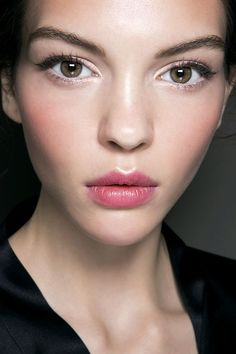 radiant fuchsia lips and cheeks / Dolce and Gabbana SS2014: