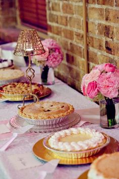 cute dessert display - pies to go with bbq?