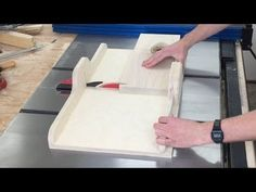 General purpose crosscut sled - YouTube