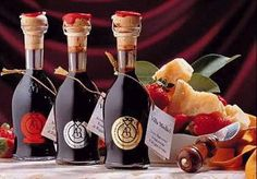 ACETO BALSAMICO TRADIZIONALE Olive Oil And Vinegar, Best Of Italy, Toscana, Bottle, Bar, Food, Products, Flask, Eten