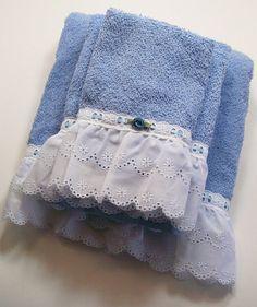 Hand Embellished Hostess Guest Towel Set Bath by dalesdreamsII, $40.00