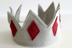 DIY Play Crowns | Apartment Therapy