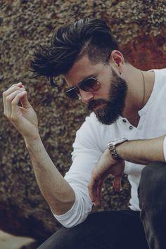 Pomp beard