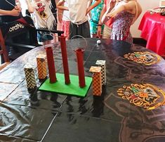 DIY Jeu de Quidditch Pong : animation anniversaire Harry Potter Harry Potter Quidditch, Deco Harry Potter, Birthday Harry Potter, Gateau Harry Potter, Anniversaire Harry Potter, Valentines Day, Happy Birthday, Lighthouses, Gift