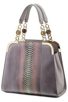 Fashion Handbags, Purses And Handbags, Fashion Bags, Beautiful Handbags, Beautiful Bags, Bulgari Bag, Sacs Design, Luxury Bags, Leather Bag