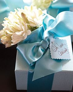 Bridal shower gift and wrapping ideas | DIYs | Pinterest | Wrapping ...