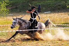 mounted archery | That is real speed in mounted archery. | Horseback archery | Pinterest