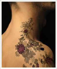 not sure if this is a real tattoo, but I really like the shading, use of gray tones and colour.
