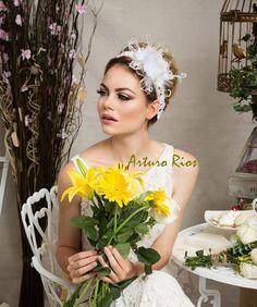 White Wedding headband with flowers Bridal by ArturoRiosBridal, $145.00