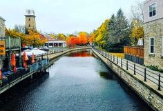 12 cute towns to visit in ontario if you're broke narcity toronto Weekend Trips, Day Trips, Windsor Canada, Windsor Ontario, Places To Travel, Places To See, Ontario Place, Ontario Travel, Toronto Travel