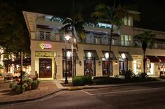 Best Family Friendly Restaurants in Naples FL includes Yabba Island Grill, a Downtown Casual 5th Avenue, Naples Florida seafood restaurant and bar
