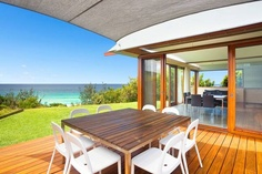 Find your perfect accommodation choice in Boomerang Beach with Stayz. The best prices, the biggest range - all from Australia's leader in holiday rentals.
