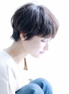 シルエットの綺麗な骨格矯正大人のショート(髪型ショートヘア)