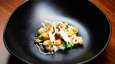 Cauliflower, Maple Foam and Goat's Cheese Salad Pickled Cauliflower, Baked Cauliflower, Masterchef Recipes, Masterchef Australia, Goat Cheese Salad, Tray Bakes, A Table, A Food, Food Processor Recipes