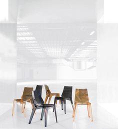 Karim Rashid tasarımı Poly Sandalye, Bonaldo, addresistanbul'da.