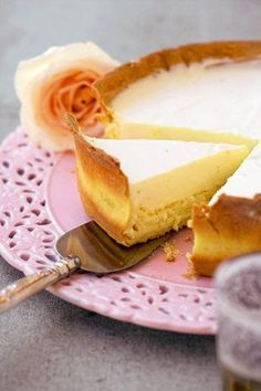Kombinasie-kaaskoek | SARIE | Cheesecake South African Desserts, South African Recipes, Delicious Desserts, Yummy Food, Sweet Tarts, Something Sweet, Cheesecake Recipes, I Foods, Sweet Recipes