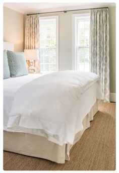 modern farmhouse bedroom design with all white bedding and simple curtains, cottage bedroom design with jute rug, neutral master bedroom decor ideas Stylish Bedroom, Cozy Bedroom, Dream Bedroom, Modern Bedroom, Bedroom Decor, Serene Bedroom, Master Bedroom, Bedroom Colors, Neutral Bedrooms