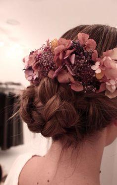 Peinado novia con flores