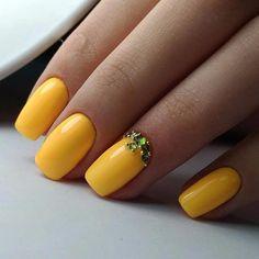 40 Gorgeous and Stunning Yellow Acrylic Nails - DIATSY WORLD