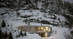 This striking 'winter cottage' is already quite nicely settled in the mountainside, but in a few seasons, it will be even more so, say its designers at Oslo, Norway-based architectural firm, Filter Arkitekter. The house is located in the Sirdalen Valley, in Sirdal, a municipality in Vest-Ader county, in southern Norway. It is a mountainous …
