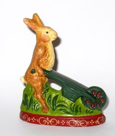 Chalkware Rabbit from antique chocolate mold R208