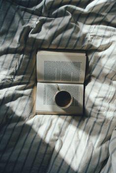 Por esos momentos en la cama disfrutando de un buen café y un gran libro