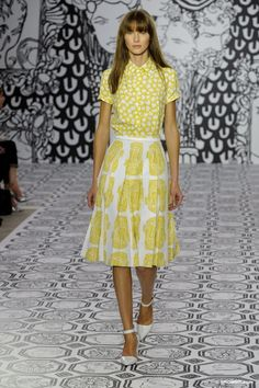 Jasper Conran SS/14 graphic print shirt and skirt.