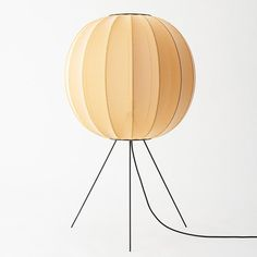Reinterpretation of the rice paper lamp Paper Lamps, Nordic Design, Rice Paper, Table Lamp, Inspiration, Home Decor, Lily, Homemade Home Decor, Biblical Inspiration