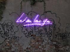 Olivia Steele - Neon art | Visual Musings