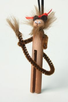 Lion clothespin doll