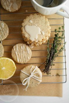 Lemon Thyme Shortbread Cookies (vegan, low-gluten or gluten-free option, low sugar)