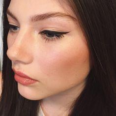 "89 Likes, 5 Comments - Shayna Gold (@shaynagold) on Instagram: ""Details  #makeupbyshaynagold"""
