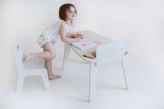 PaulPaula blog: bird+berry table and chair