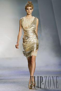 "Zuhair Murad ""Winter rhapsody"", F/W 2009-2010 - Couture - http://www.flip-zone.com/zuhair-murad-1017"