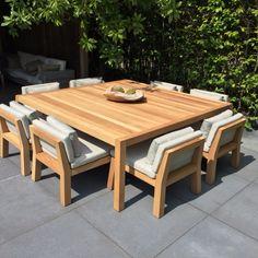Low dining set for back deck Teak Garden Furniture, Dining Furniture Sets, Outside Furniture, Home Furniture, Outdoor Furniture Sets, Furniture Design, Outdoor Dining, Outdoor Chairs, Wooden Sofa Designs