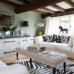 Eclectic country living room | Living room decorating | 25 Beautiful Homes | Housetohome.co.uk
