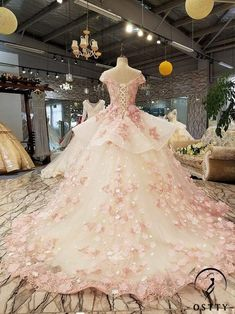 OSTTY - Ostty Pink Slim Simple Luxurious and Long-tailed Wedding Dress Pretty Quinceanera Dresses, Pink Wedding Dresses, Princess Wedding Dresses, Lace Wedding, Gown Wedding, Blush Prom Dress, Princess Ball Gowns, Nautical Wedding, Luxury Wedding