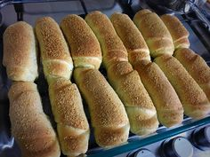 INGREDIENTS: 3 cups bread flour 1- 1 1/2 cups all purpose flour 1/2 cup sugar 1 tsp salt 1 pouch rapid rise yeast 3 egg yolks 3/4 cups evaporated milk or fresh milk ( I used fresh...