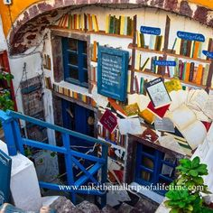 Beautiful Bookshop in hilly Santorini, Greece. Vacation Memories, Vacation Trips, Romantic Dinners, Santorini Greece, Once In A Lifetime, White Sand Beach, Animals Of The World, Greece Travel, Beautiful Images