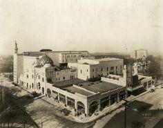 1929 view of Atlanta's Fox Theatre