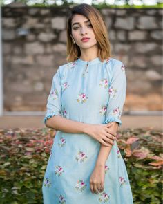 Powder blue embroidered kurta with pants - set of two by the weave story the secret label Kurti Sleeves Design, Kurta Neck Design, Sleeves Designs For Dresses, Dress Neck Designs, Blouse Designs, Simple Kurta Designs, Kurta Designs Women, Box Pleated Dress, The Dress