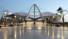 Stadium Entrance Stadium Architecture, City By The Sea, Sports Stadium, Oscar Niemeyer, Santiago Calatrava, Football Stadiums, Futuristic Architecture, Zaha Hadid, San Francisco Skyline
