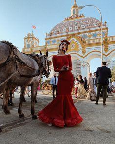 Spanish style – Mediterranean Home Decor Elegant Dresses, Pretty Dresses, Beautiful Dresses, Amazing Dresses, Spanish Dress, Spanish Style, Boho Outfits, Fashion Outfits, Women's Fashion