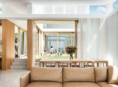 Coogee House II by Madeleine Blanchfield Architects - Australian Design - The Local Project Australian Interior Design, Interior Design Awards, Interior Decorating, Modern Interior, Sala Grande, Internal Courtyard, Design Blogs, Design Ideas, New Home Designs