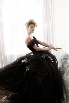 Atelier Aimee Montenapoleone, white and black