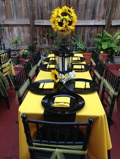 Yellow and black bumblebee theme